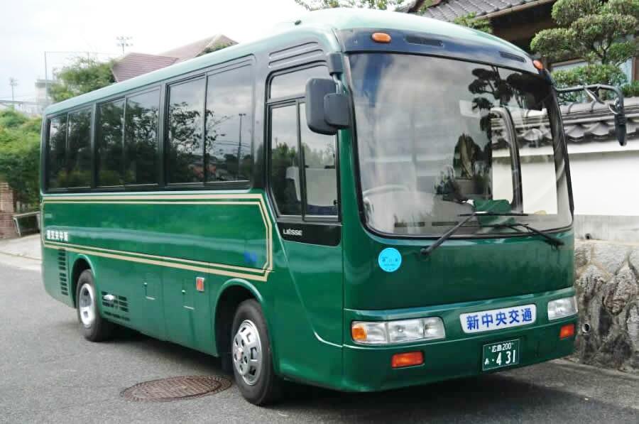 23人乗り小型バス全体